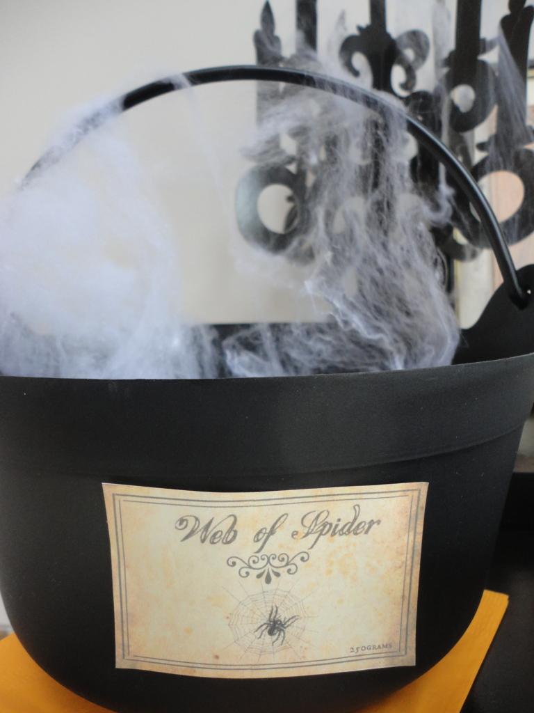 Halloween web of spiders