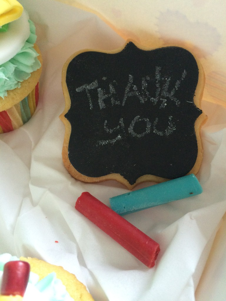 edible cookie board and chalk